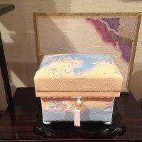 「ボンボニエール 湖水」ミニ桐茶箱  淡い色が美しいです。
