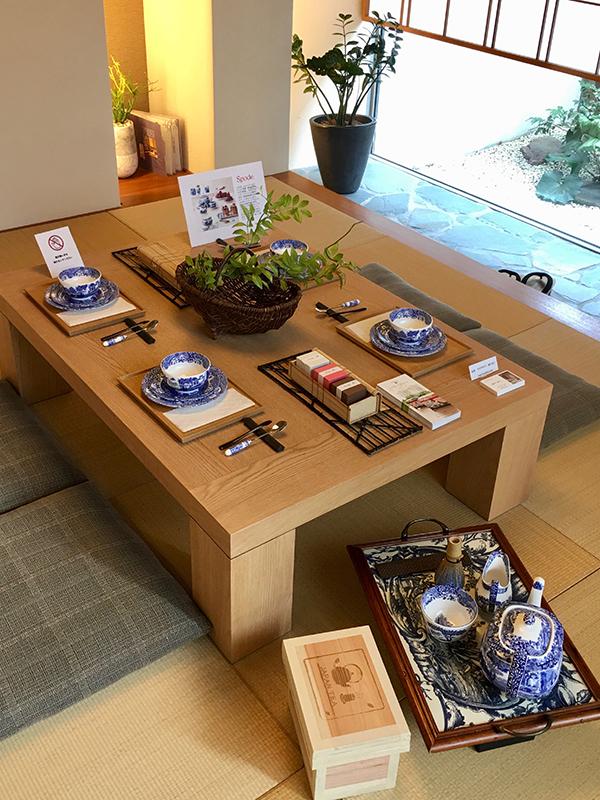 「テーブルコーディネート レーザー茶箱使用例」 テーブルコーディネートの仕事の際、レーザー茶箱を使ってディスプレイしてみました。