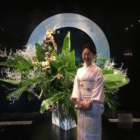 主宰も手描き京友禅 藤井寛の着物を着て、皆様をお出迎えしました。