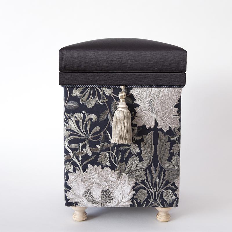 Pure Morris Series「Honeysuckle & Tulip」STOOL